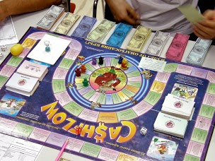 Cash flow games